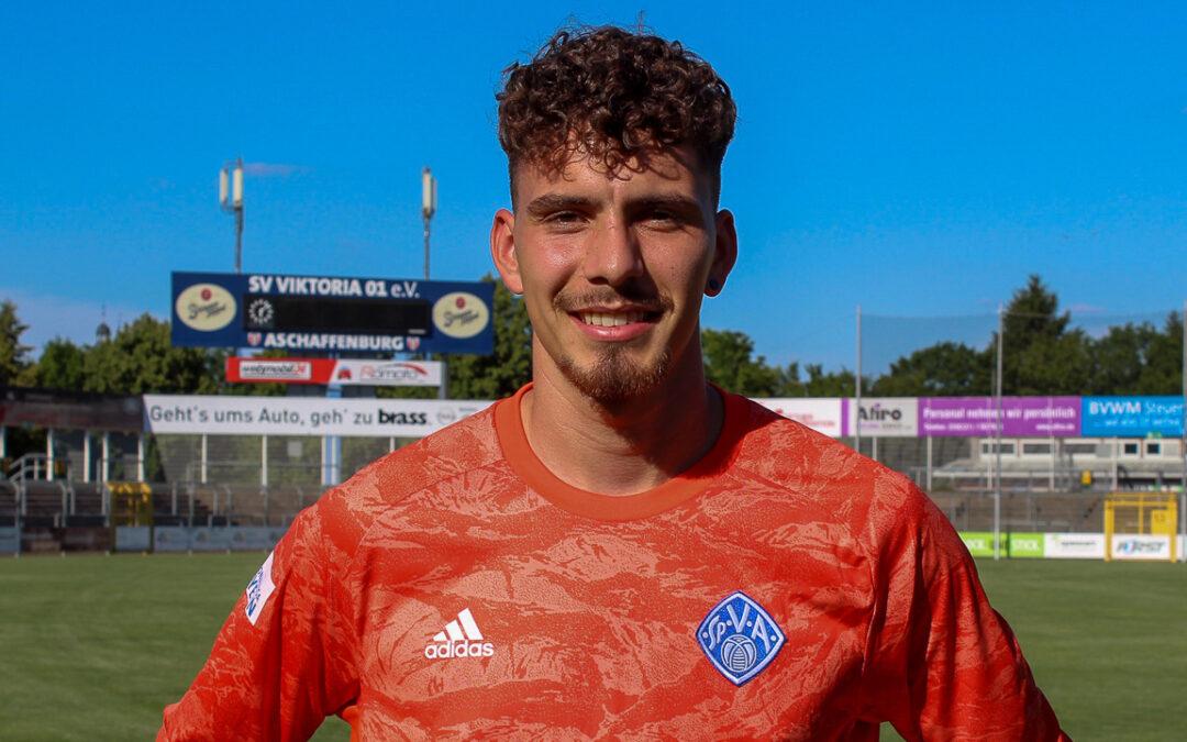 Viktoria angelt sich Torwart-Talent Wilhelm von den Würzburger Kickers